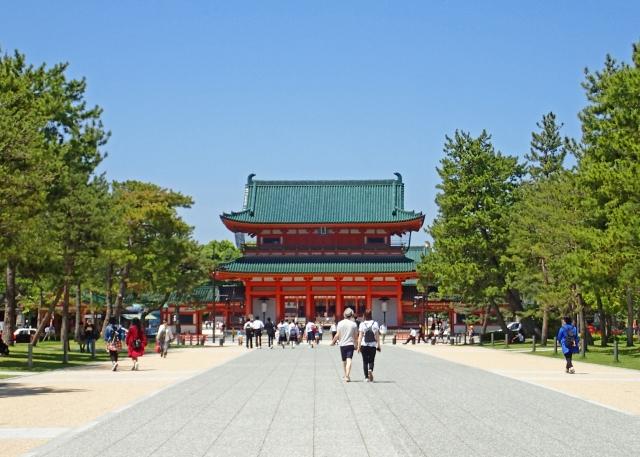 京都の三大祭りのひとつ「時代祭」をはじめ、結婚式